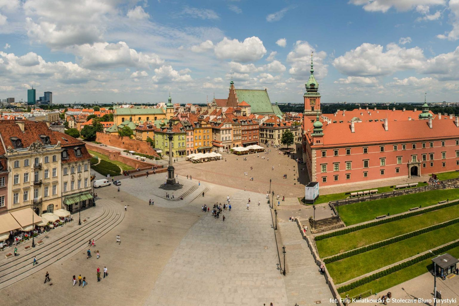 castle square in warsaw poland