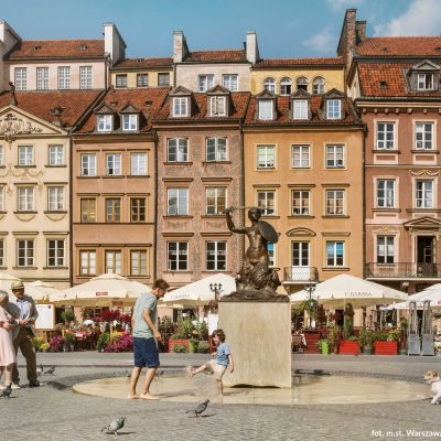 old market square in warsaw poland