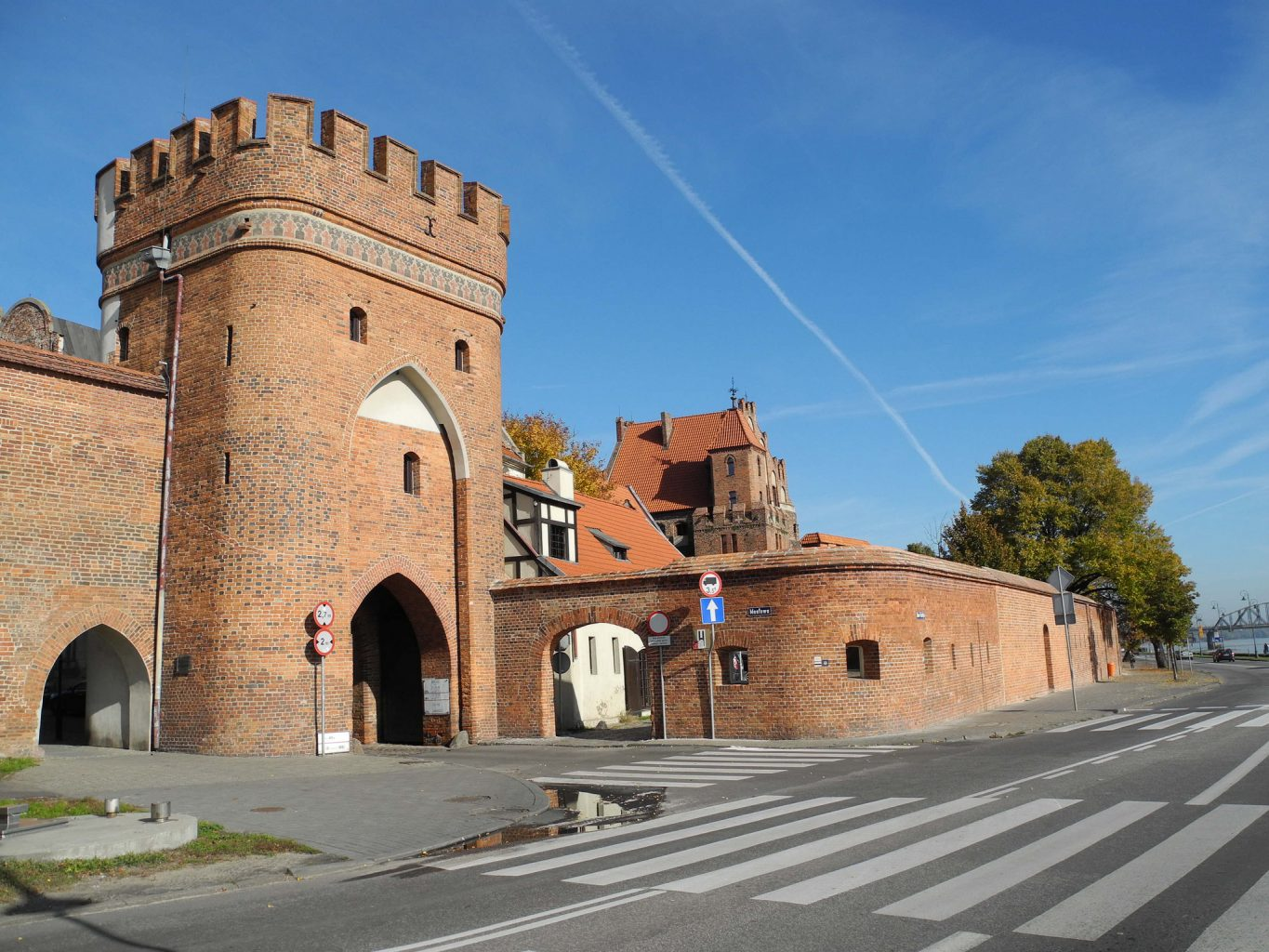 bridge gate in torun
