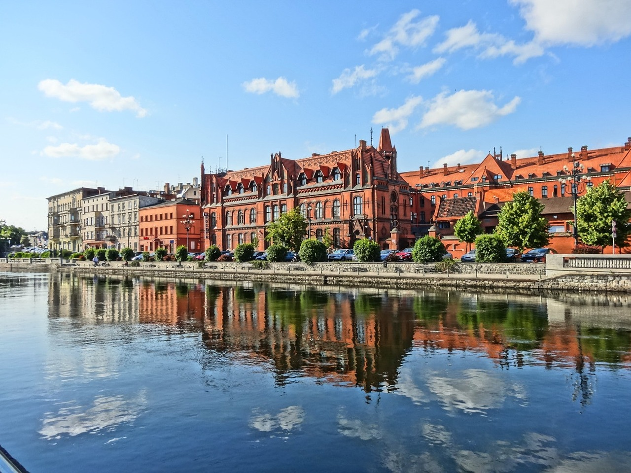 post office and brda river in bydgoszcz