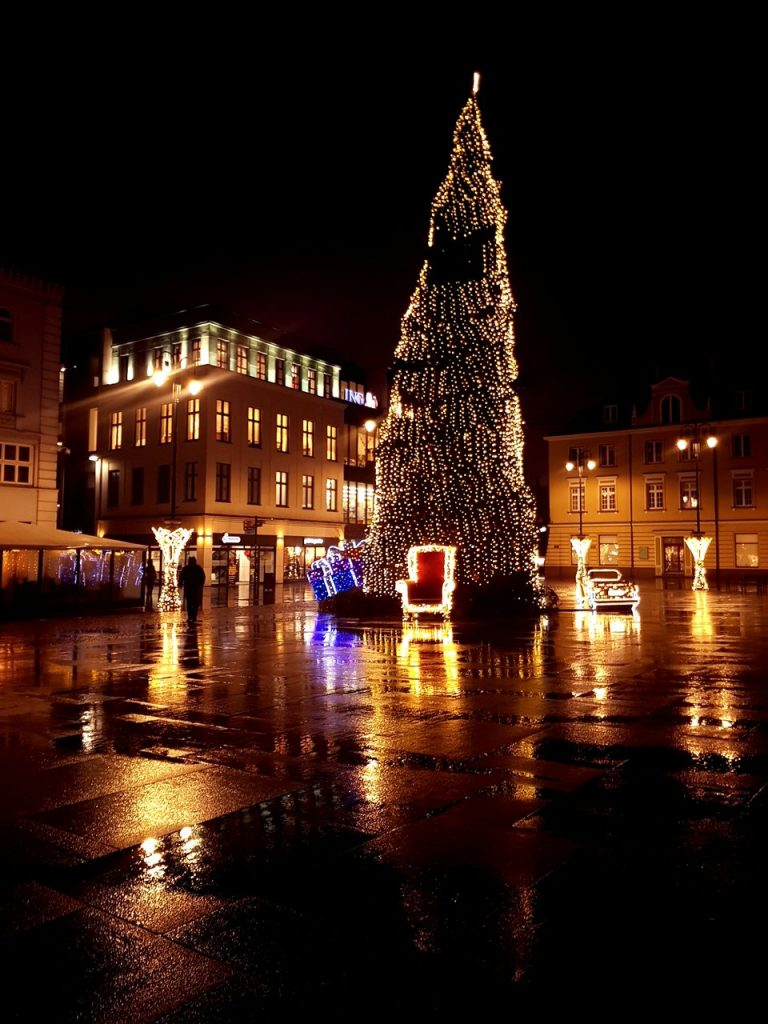 christmas tree on the old market square in bydgoszcz