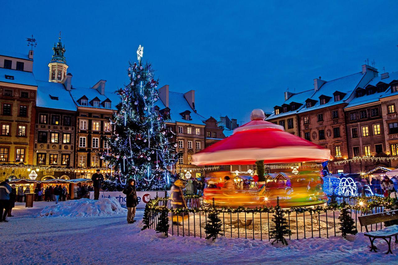 christmas market, carousel in warsaw poland
