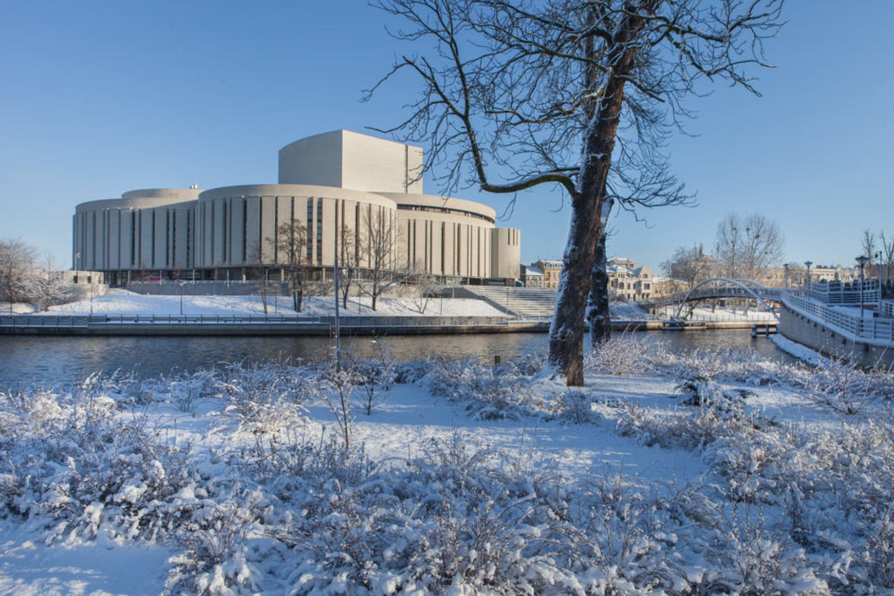 opera house in Bydgoszczy in winter time